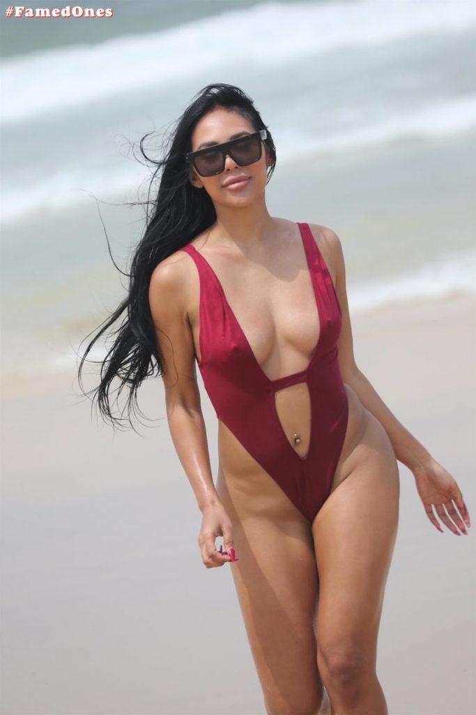 Nicole Shiraz bi sexy pics FamedOnes.com 012 01