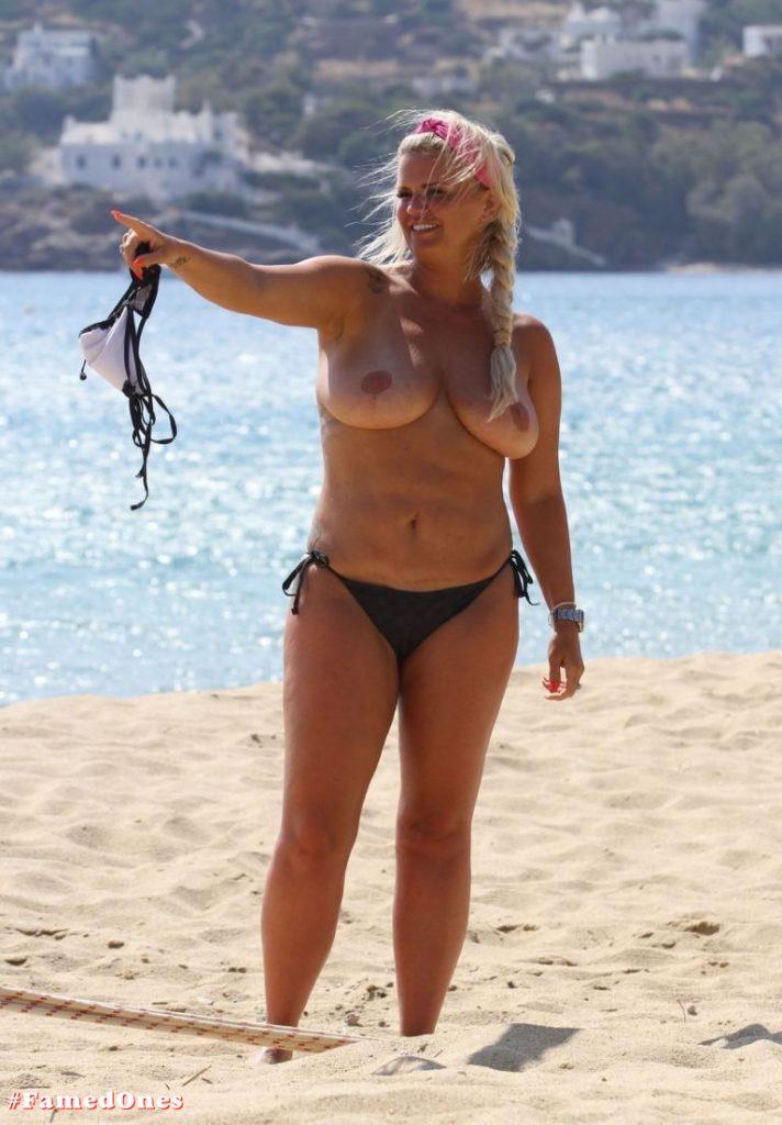 Kerry Katona topless pics FamedOnes.com 027 02
