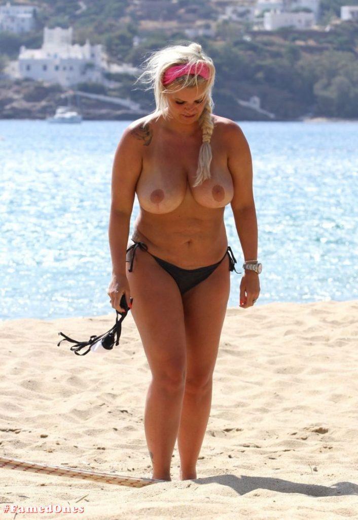 Kerry Katona topless pics FamedOnes.com 027 05