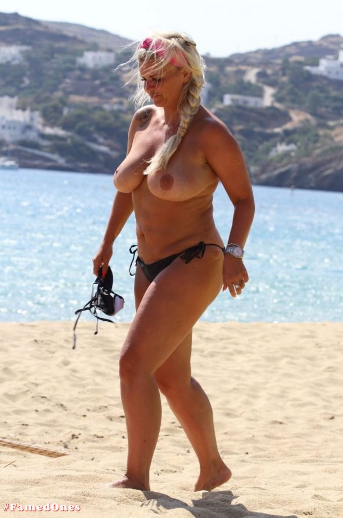 Kerry Katona topless pics FamedOnes.com 027 11