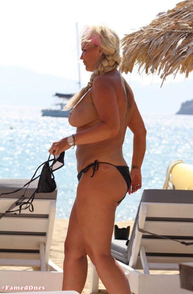 Kerry Katona topless pics FamedOnes.com 027 13