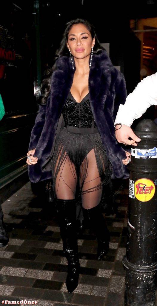 Nicole Scherzinger sexy appearance pics FamedOnes.com 073 01