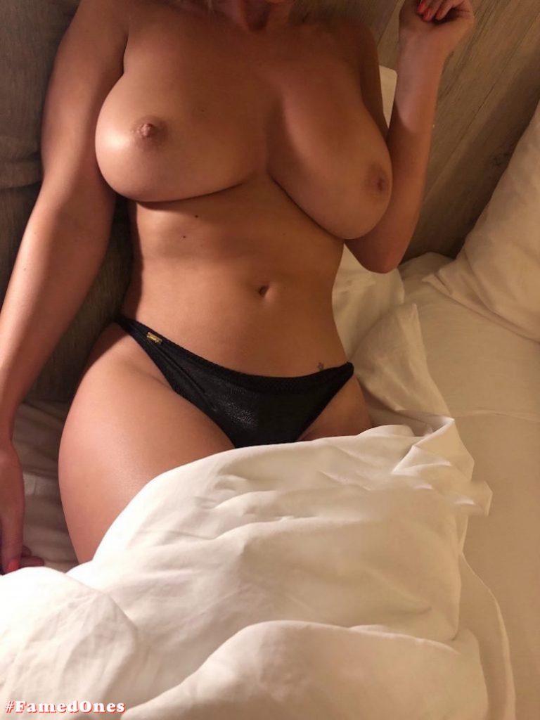 Rhian Sugden busty leaked pics FamedOnes.com 064 02