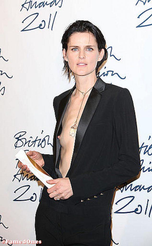 Stella Tennant tit slip public pics FamedOnes.com 002 01