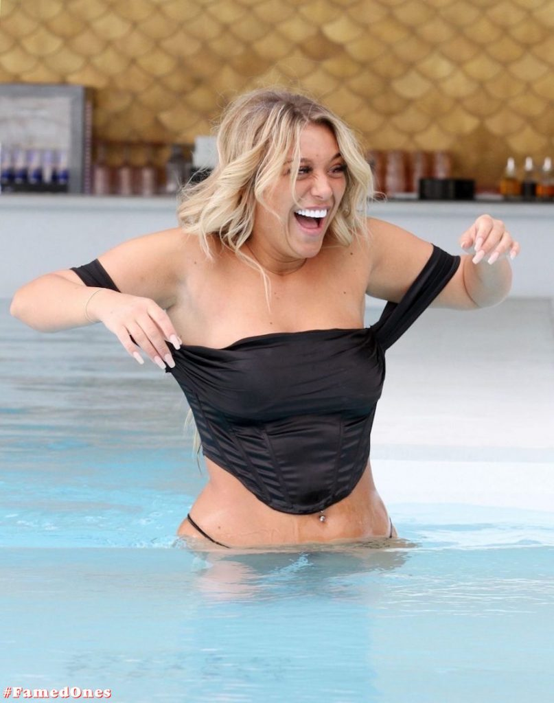 Bethan Kershaw hot bikini pics FamedOnes.com 010 20