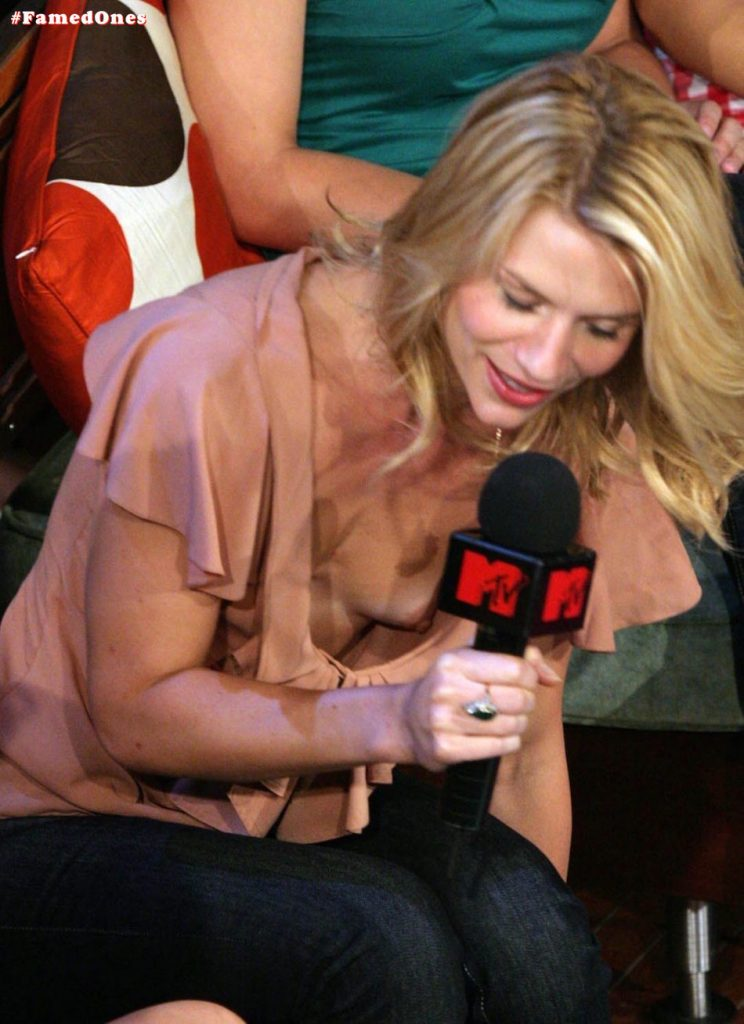 Claire Danes nude tit slip pic FamedOnes.com 002 02