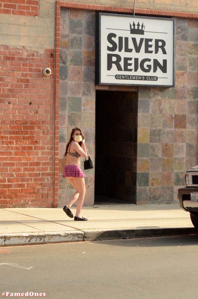 Alicia Arden mini skirt ass show fappening pics FamedOnes.com 039 10