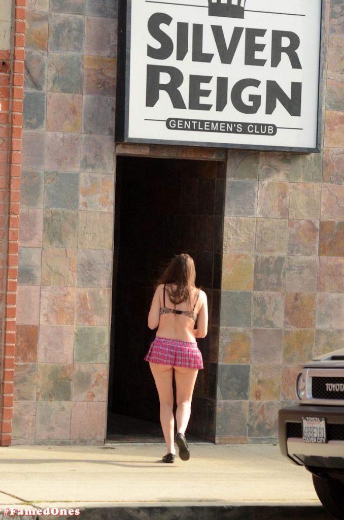 Alicia Arden mini skirt ass show fappening pics FamedOnes.com 039 15