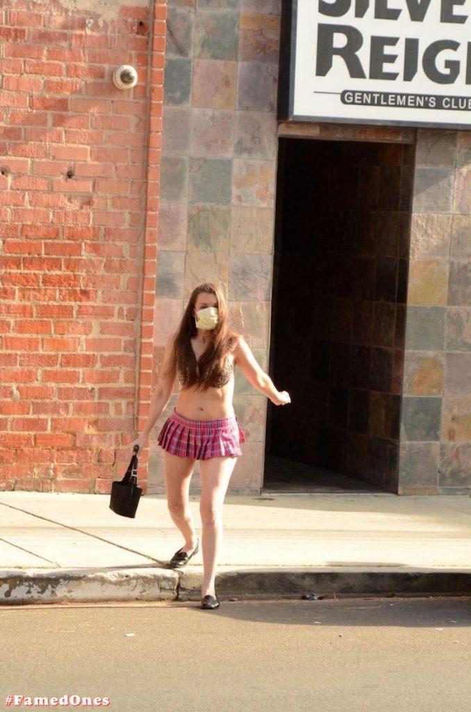 Alicia Arden mini skirt ass show fappening pics FamedOnes.com 039 21