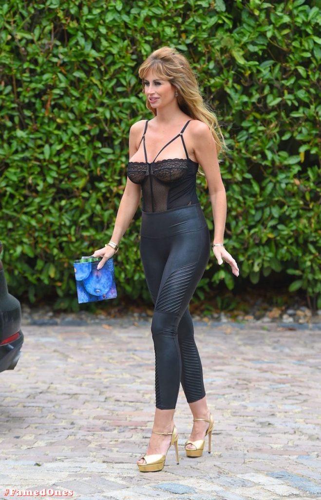 Ester Dee sexy glam fappening pics FamedOnes.com 012 11