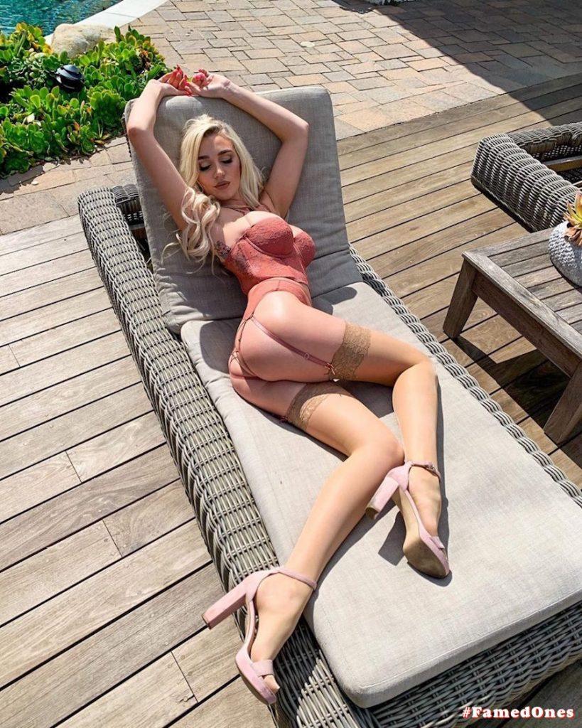 Kendra Sunderland hot lingerie fappening pics FamedOnes.com 010 03