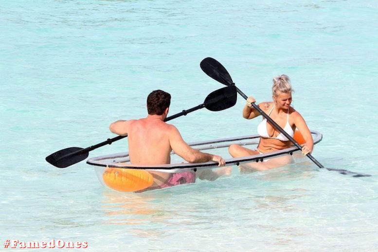 Kerry Katona bikini paparazzi pics FamedOnes.com 032 30
