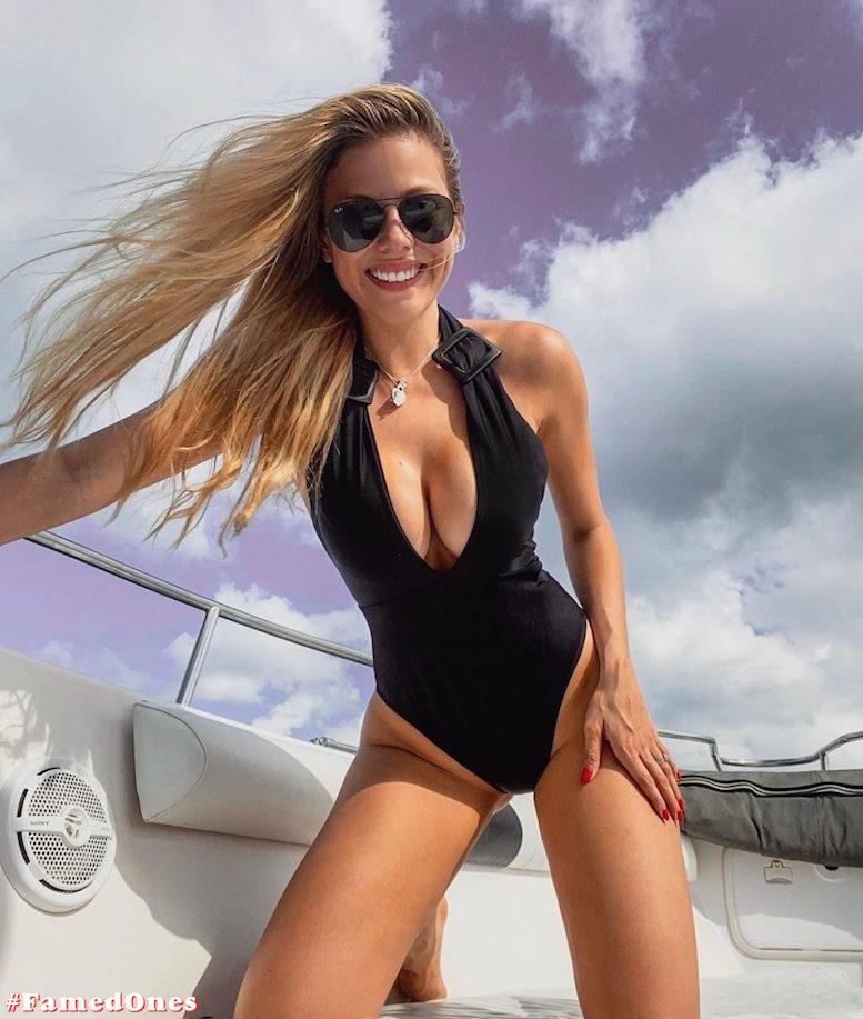 Laura Ortega hot bikini pics FamedOnes.com 004 06