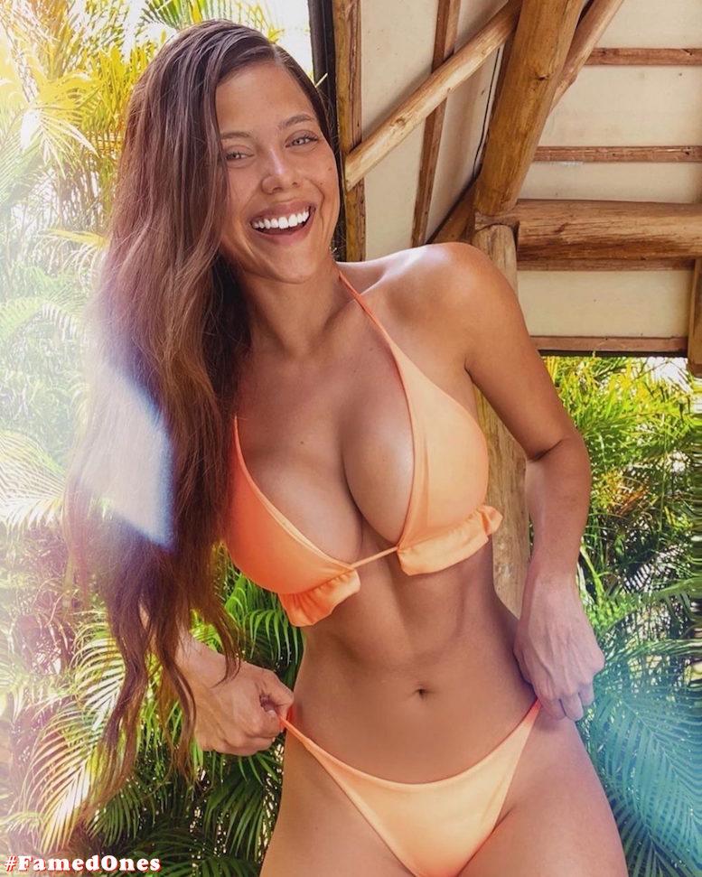 Laura Ortega hot bikini pics FamedOnes.com 004 19