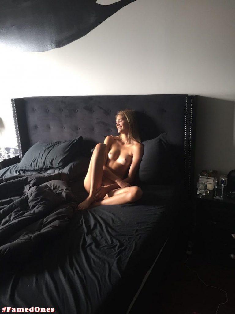 Noel Berry nude leaked fappening pics FamedOnes.com 003 16