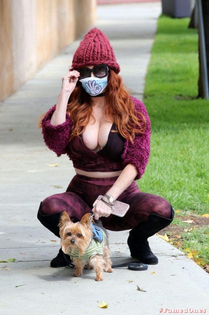 Phoebe Price nip slip fappening public pics FamedOnes.com 108 16