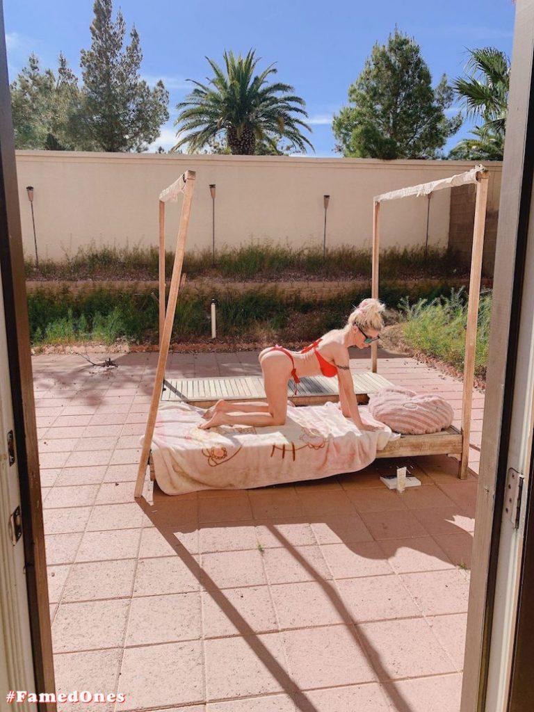 Angelique Frenchy Morgan hot bikini fappening pics FamedOnes.com 064 02