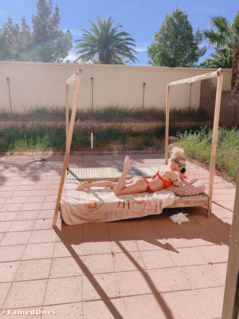Angelique Frenchy Morgan hot bikini fappening pics FamedOnes.com 064 04