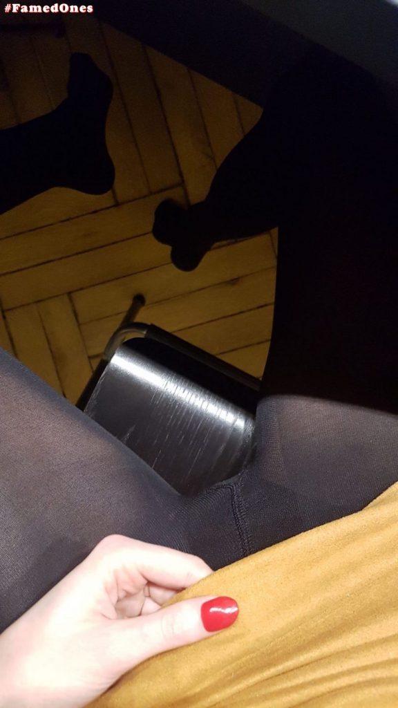 Ariadna Majewska sexy crotch fappening pics FamedOnes.com 004 15