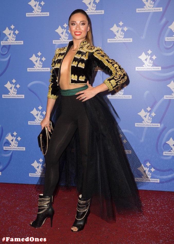 Katya Jones braless public pics FamedOnes.com 001 05