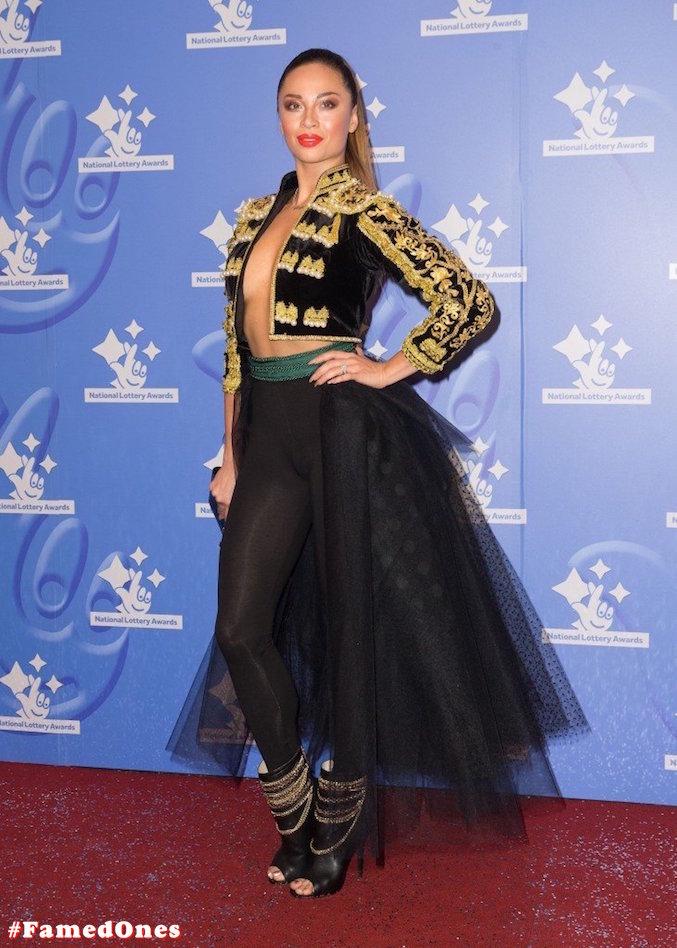 Katya Jones braless public pics FamedOnes.com 001 06