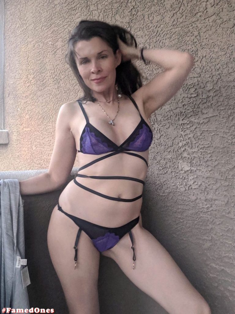 Alicia Arden hot bikini teasing fappening pics FamedOnes.com 042 05