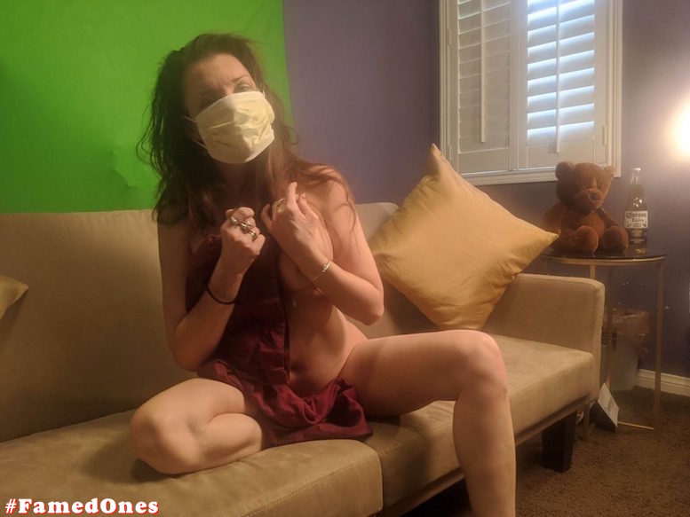 Alicia Arden nude posing fappening pics FamedOnes.com 044 05