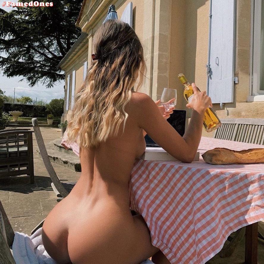 Mathilde Tantot nude posing fappening pics FamedOnes.com 017 03