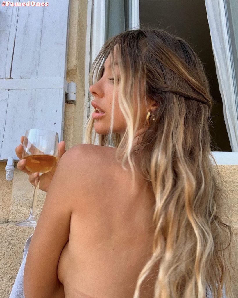 Mathilde Tantot nude posing fappening pics FamedOnes.com 017 04
