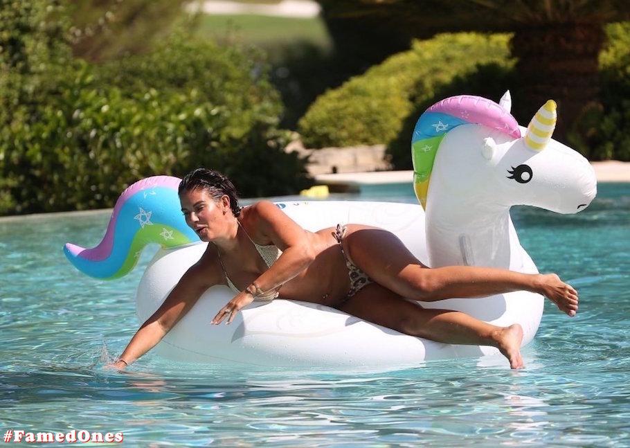 Rebekah Vardy hot bikini fappening pics FamedOnes.com 003 19