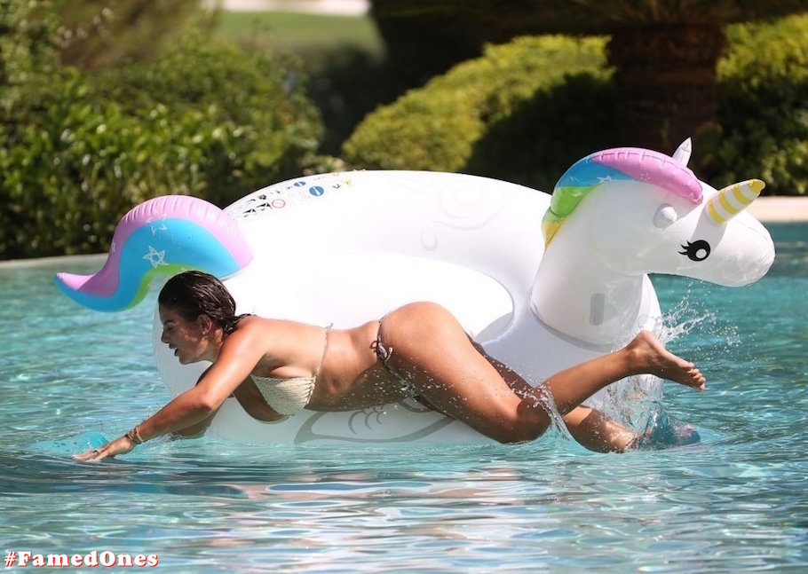 Rebekah Vardy hot bikini fappening pics FamedOnes.com 003 20
