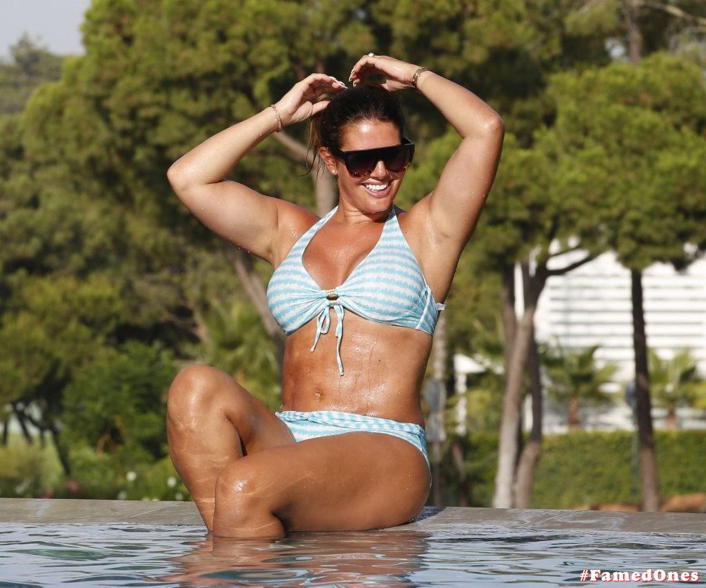Rebekah Vardy hot bikini fappening pics FamedOnes.com 004 04