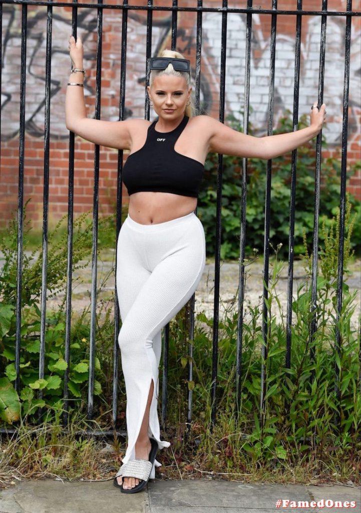 Apollonia Llewellyn sexy public fappening pics FamedOnes.com 004 27