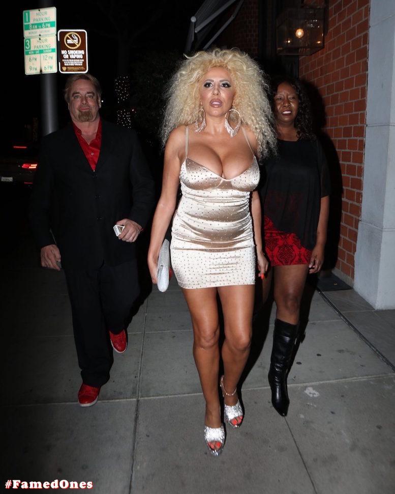 Afida Turner sexy glam public pics FamedOnes.com 011 06