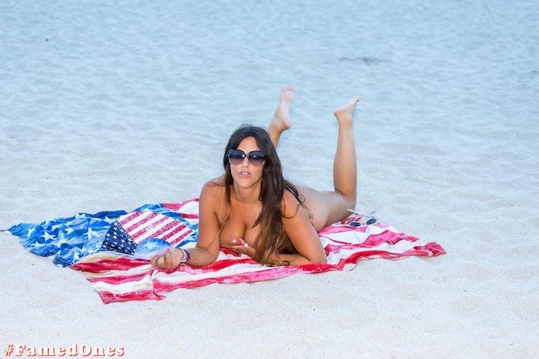 Claudia Romani hot amflag style posing fappening pics FamedOnes.com 198 21