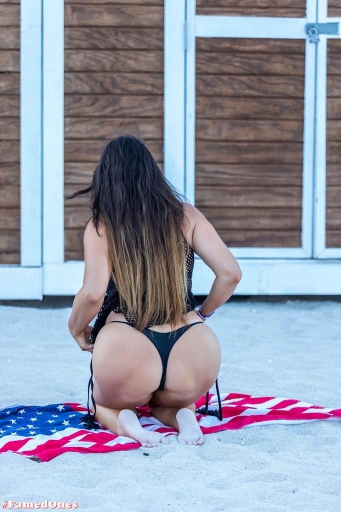 Claudia Romani hot beach style fappening pics FamedOnes.com 200 02