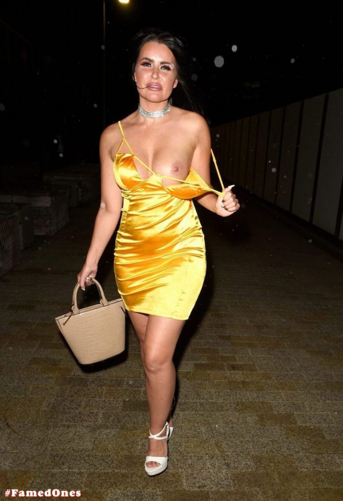 Sarah Longbottom sexy topless fappening public pics FamedOnes.com 003 18
