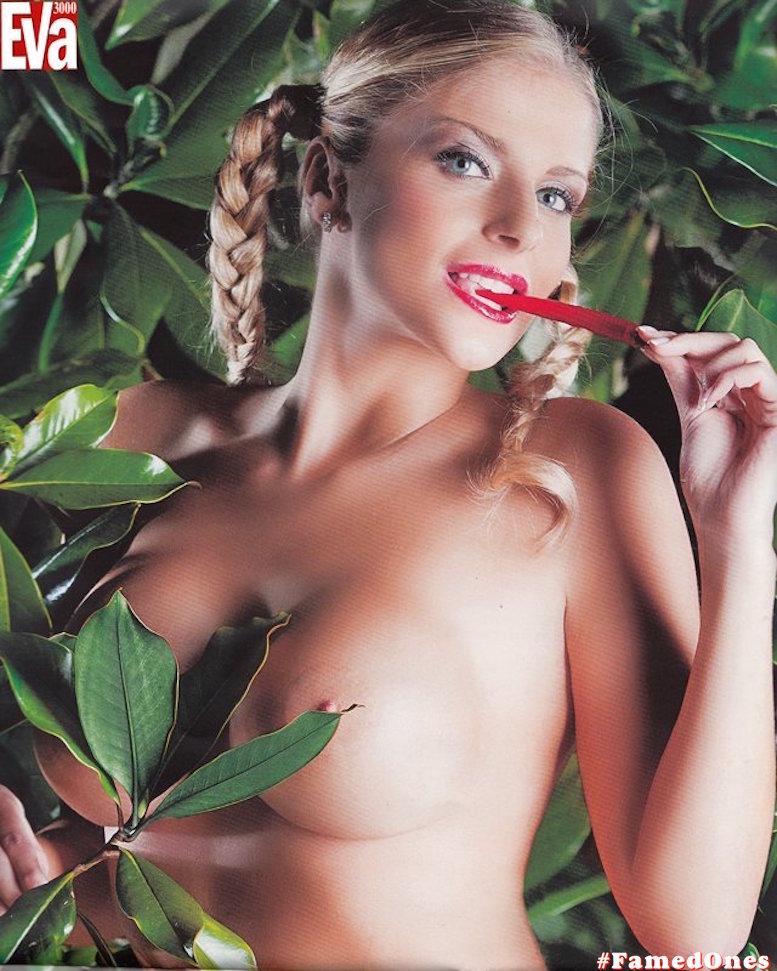 Francesca Cipriani posing naked fappening pics FamedOnes.com 002 12