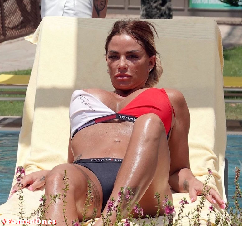 Katie Price hot fappening paparazzi pics FamedOnes.com 044 15