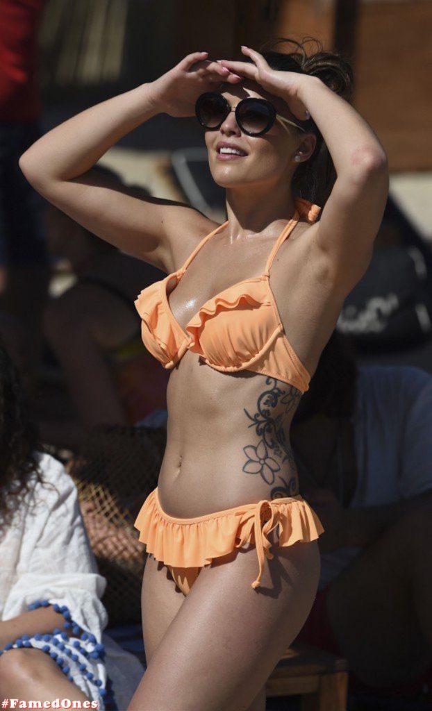 Olympia Valance hot sexy bikini fappening paparazzi pics FamedOnes.com 003 08