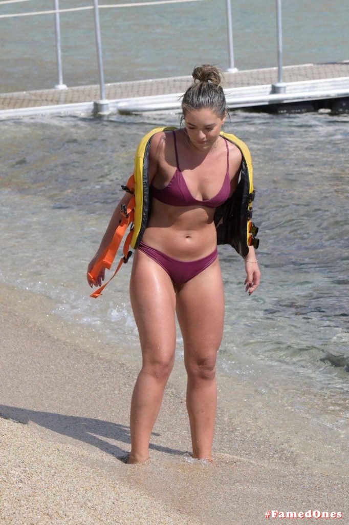 Olympia Valance hot water craft action fappening picsFamedOnes.com 015 04