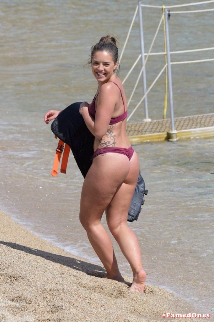 Olympia Valance hot water craft action fappening picsFamedOnes.com 015 08