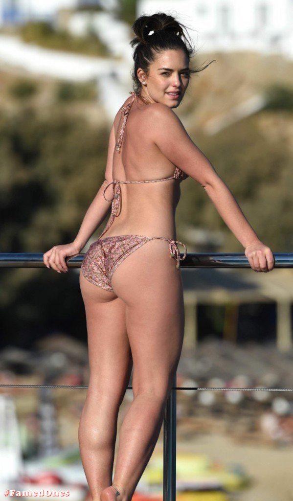 Olympia Valance sexy pool bikini fappening pics FamedOnes.com 005 20