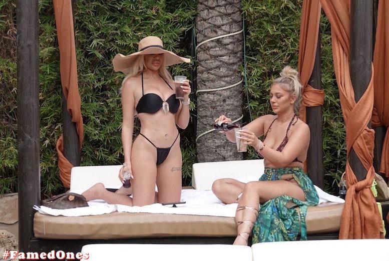 Chloe Ferry hot elegant style fappening pics FamedOnes.com 118 18