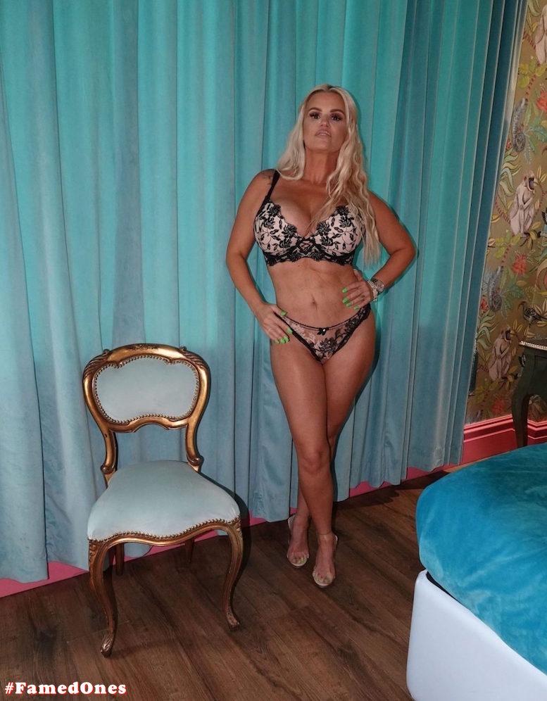 Kerry Katona getting nude fappening posing pics FamedOnes.com 037 04